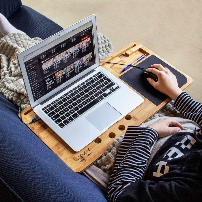 Laptop onderzetter van hout