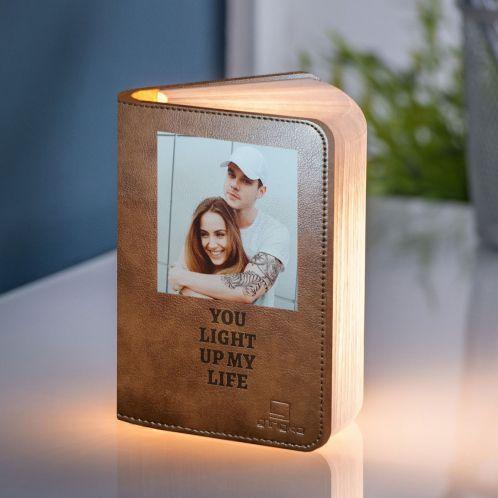 Boeklamp met foto en tekst