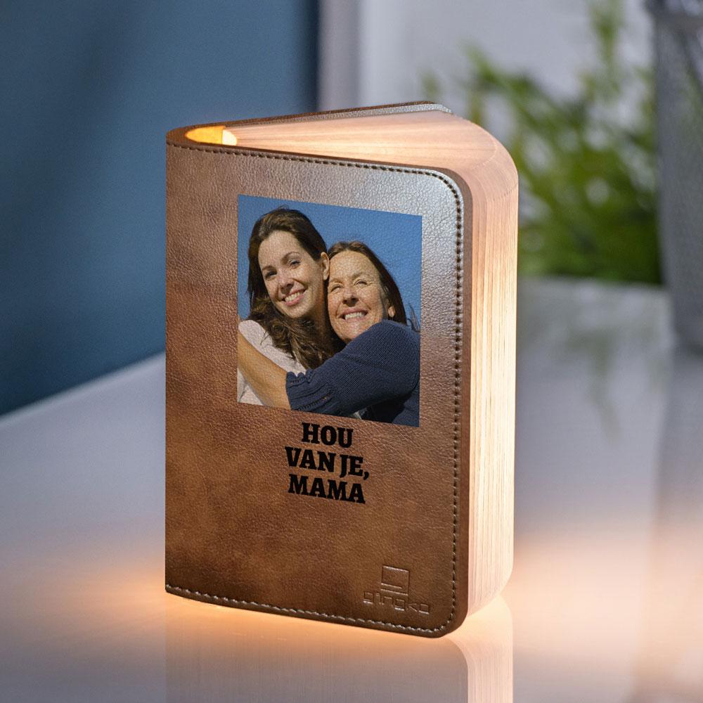 Cadeau voor mama Boeklamp met foto en tekst