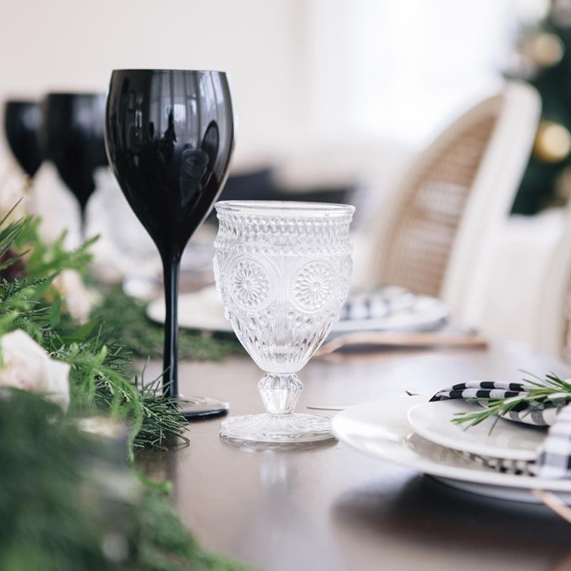 cadeau_voor_haar_zwarte_wijnglazen