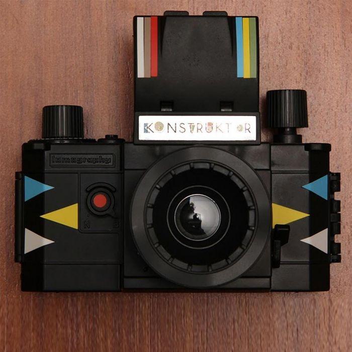 DIY Konstruktor SLR lomografie camera