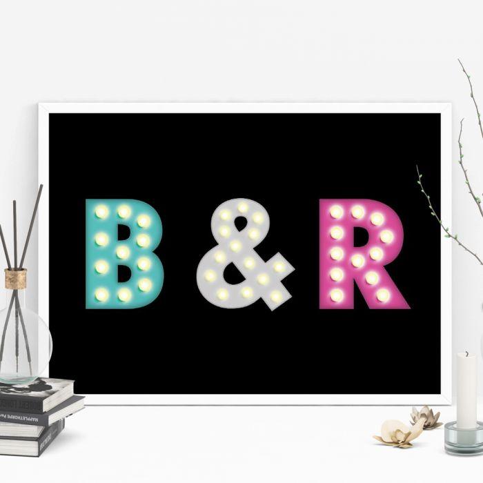 Personaliseerbare poster met gekleurde initialen