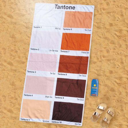 Strandlaken met kleurtabel voor het zonnen