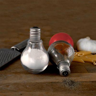 Gloeilampen peper en zoutstel