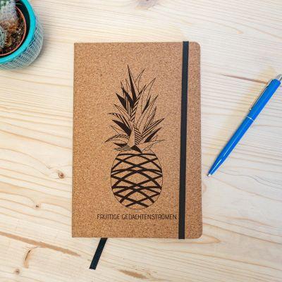 Boeken - Personaliseerbaar Kurken Notitieboek - Ananas