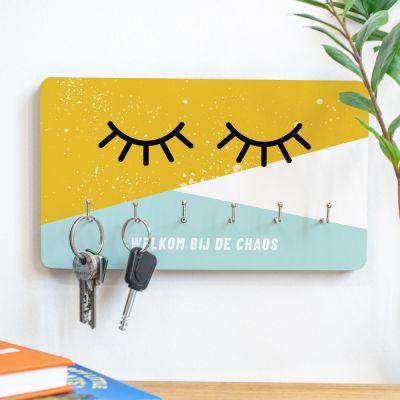 Exclusieve houten cadeaus - Personaliseerbaar sleutelbord met ogen en tekst