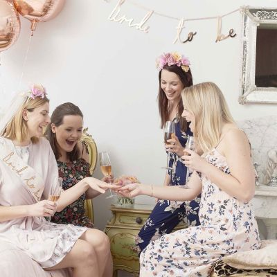 Toffe Accessoires - Blossom Girls bloemen hoofdtooi