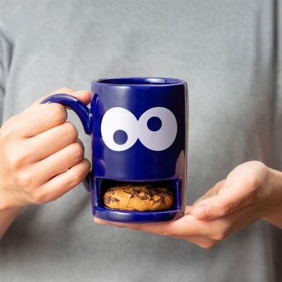 Grappige cadeaus - Monster mok met koekjeshouder