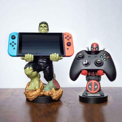 Film & Serie - Marvel smartphonehouder met oplaadkabel
