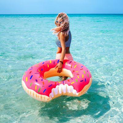 Buiten - Reuzen donut zwemband