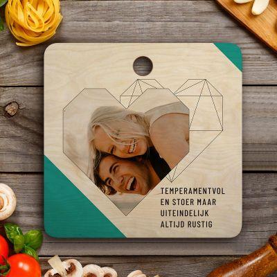 Exclusieve houten cadeaus - Personaliseerbare Snijplank met Foto, Tekst en Hartje