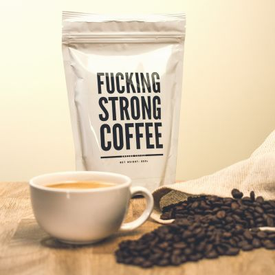Back to school cadeaus - F*cking Strong Coffee: verrekte sterke koffie