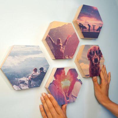Huwelijkscadeau - Personaliseerbare houten afbeelding - zeshoek