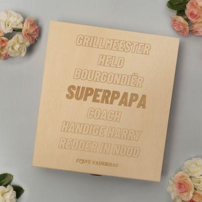 Exclusieve houten cadeaus - Personaliseerbaar kistje met bonbons