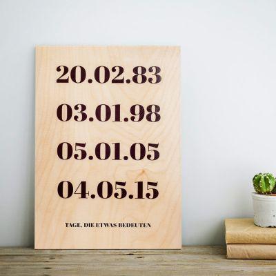 Personaliseerbare tekst op hout – belangrijke datums