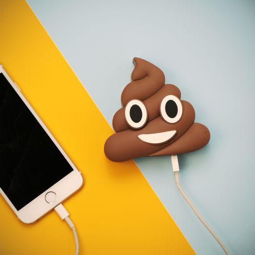 Verjaardagscadeau - Poop Emoji oplader voor smartphones
