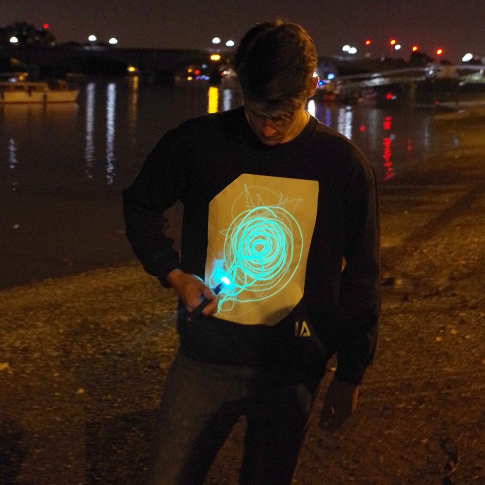 Interactief Glow sweatshirt