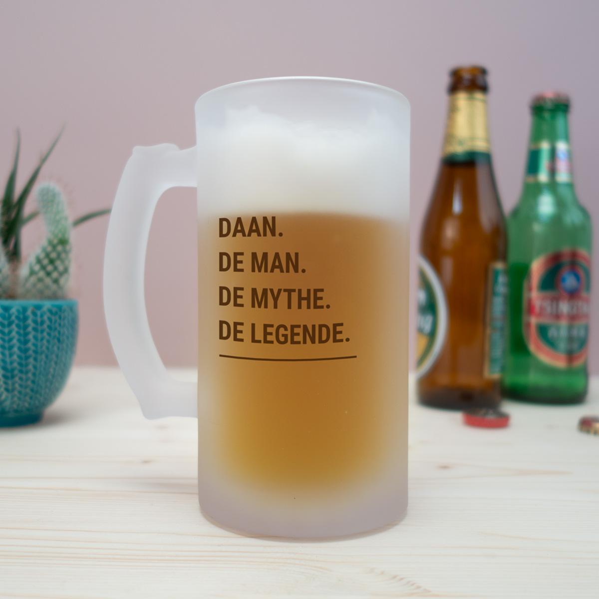 Gepersonaliseerd cadeau - personaliseerbare bierpul modern